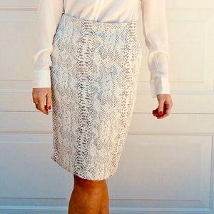 Ann Taylor Snake Print Pencil Skirt NWTS Size 6